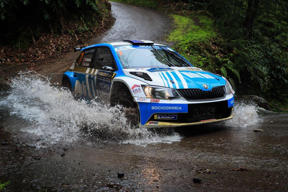 ERC: 54º Azores Rallye [21-23 Marzo] - Página 2 715baed8c1061b146ba8ea7da81cb626
