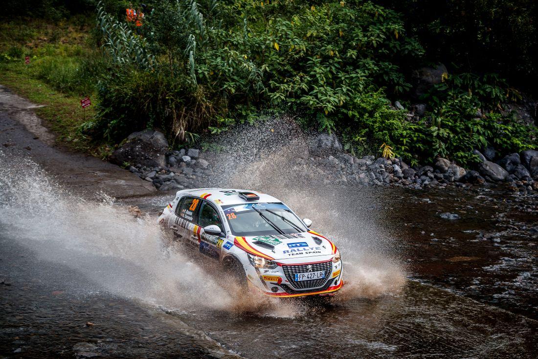 ERC: 55º Azores Rallye [16-18 Septiembre] 95a4b96654d76979e25f11728b4b504d