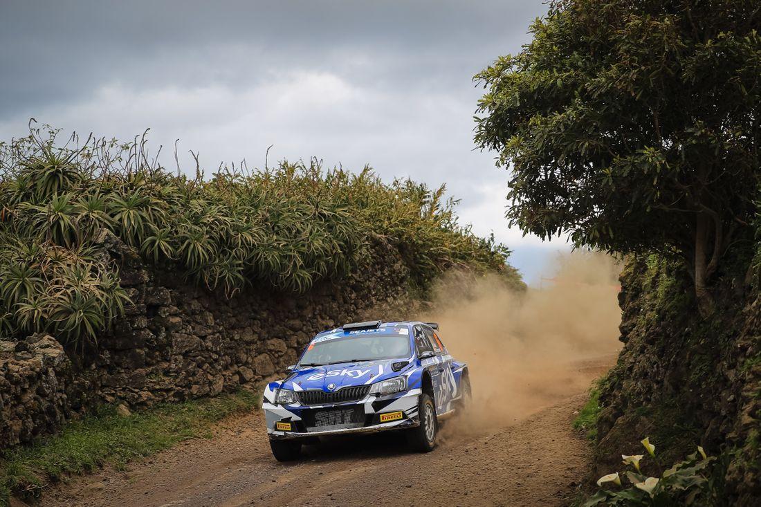 ERC: 54º Azores Rallye [21-23 Marzo] - Página 2 B24c243188555b775a41be12e1d65da4